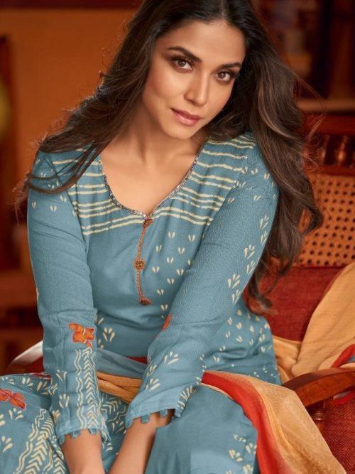 Shahnaz GulbaharPashmina