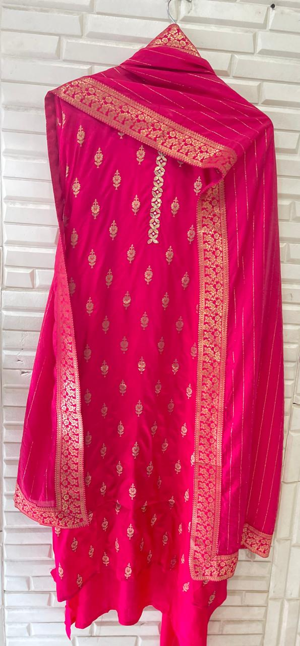 Muslin Chanderi With Pearl Dabka Embroidery Suit